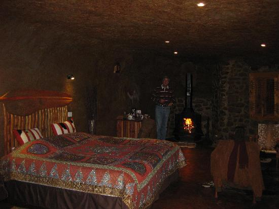 Antbear Lodge: the cave