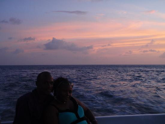 Cap Estate, Sainte-Lucie : Sunset Cruise Happy Couple