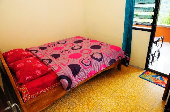 One Homestay: The rooms
