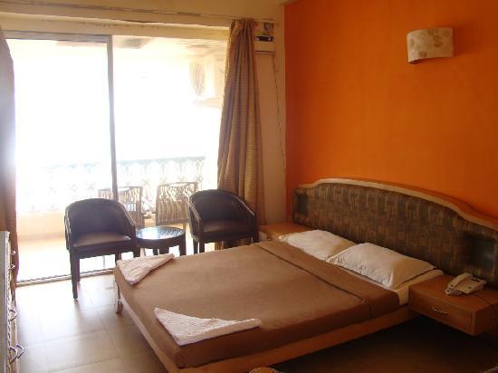 Calangute Residency: Room interior