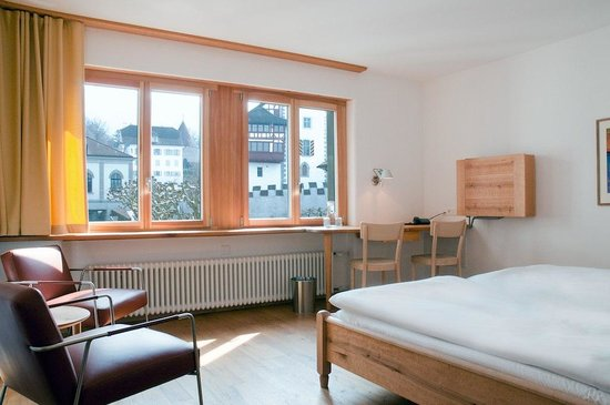 City-Hotel Ochsen Zug: double room