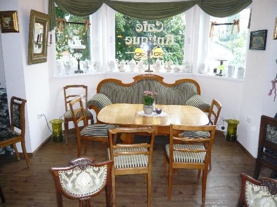 Cafe Antique: Gemütliche Ecken im Café Antique