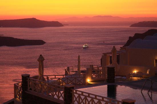 Blick von der Lounge Bar bei Sonnenuntergang (32396977)