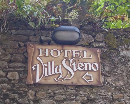 Hotel Villa Steno: This is what you see after your long climb
