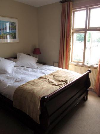 Hawkley Inn: our room---no 2 Cowes