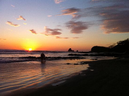 San Juan del Sur Surf and Sport: sunset at playa maderas