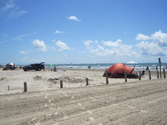 IB Magee Beach Park: Primitive camping on the beach