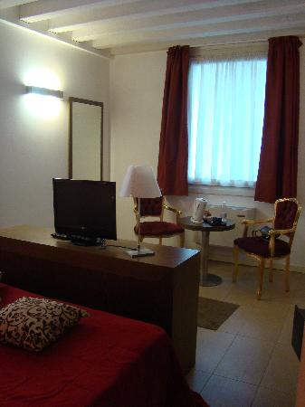 Al Canal Regio: Hotel Room