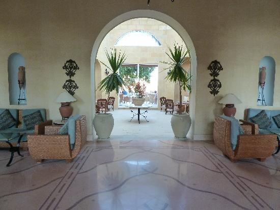 Three Corners Ocean View Hotel - Adults only : The lobby