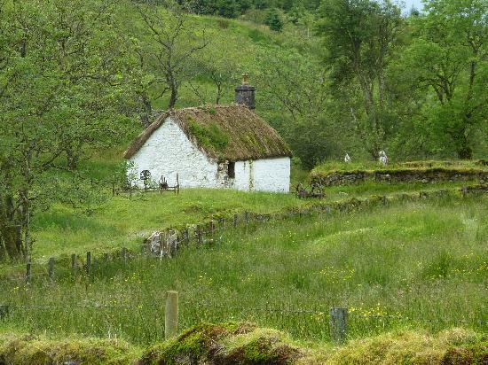 Auchindrain Highland Farm Township: Auchendrain cottage 1