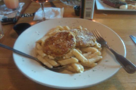 Nick's Steak and Seafood : crab cake alfredo