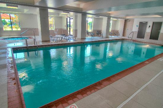 Holiday Inn Express & Suites Conway: Swimming Pool