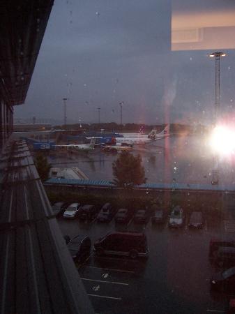 Clarion Hotel Bergen Airport: Window view
