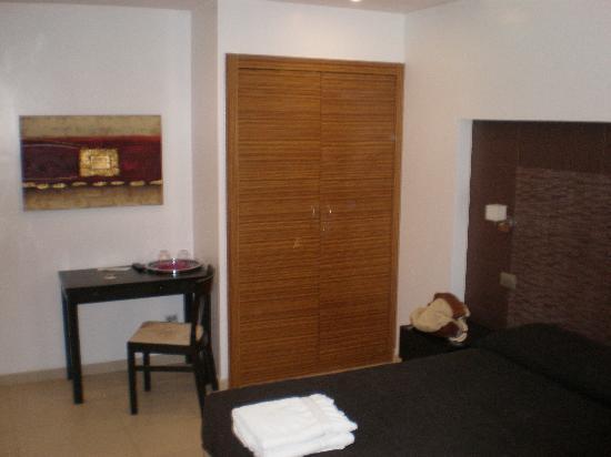 Interno5: room4