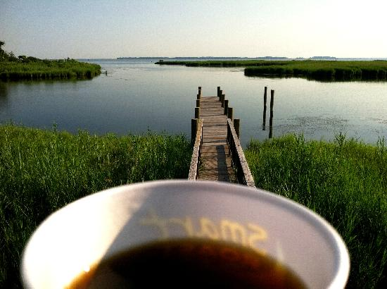 Holiday Inn Express Kent Island: What a way to enjoy your coffee each morning!