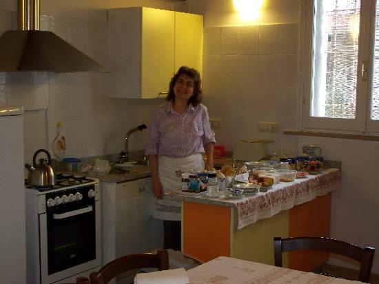 Casa Cortesi: Annetta at buffet counter