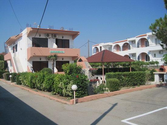 Kyriakos Studios-Apartments : foto della struttura