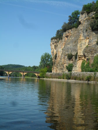 Dordogne River : Cliff