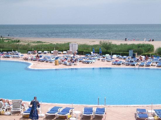 Hotel Riu Helios Bay: one sunny day!