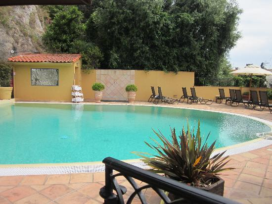 Hotel La Perouse: Pool