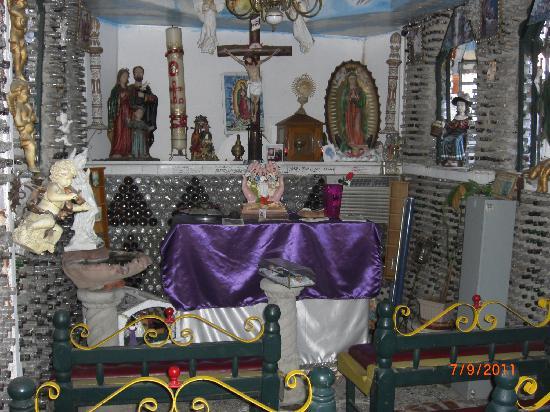 Tio's Tacos: chapel