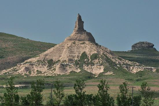 Comfort Inn Scottsbluff: Chimney Rock is another landmark used by wagon trains passing through the area.