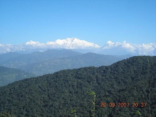 Darjeeling, India: View 4rm Dhotray