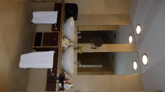 Roca Nivaria GH - Adrian Hoteles: Badezimmer