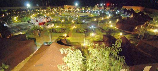 Couleurs Berberes at night