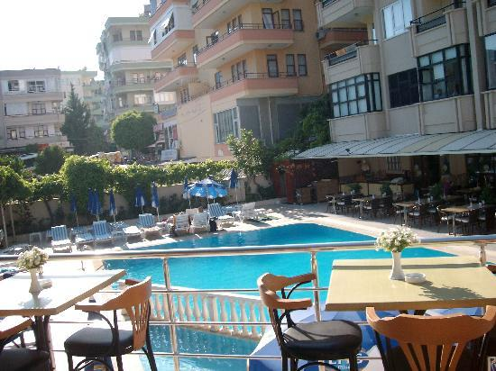 Pool picture of prince apart hotel alanya tripadvisor for Appart hotel 93