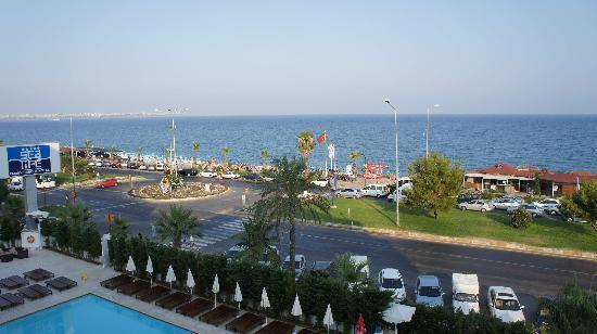 Sealife Family Resort: Pool area