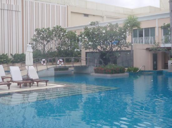 Millennium Resort Patong Phuket: Pool :)