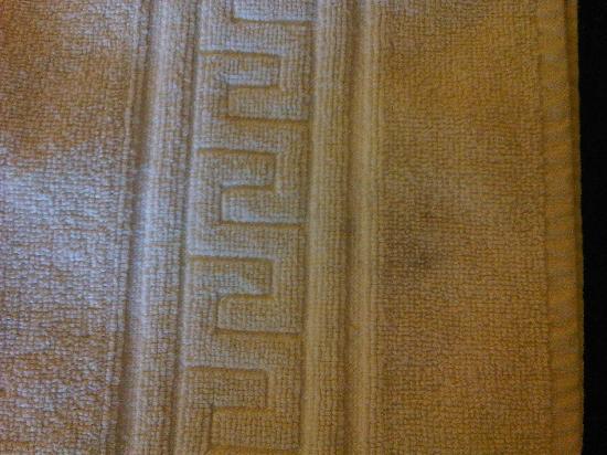 Salon-de-Provence, Francia: serviette tâchée noircie