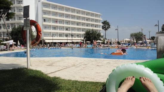 SuneoClub Haiti : the hotel and pool
