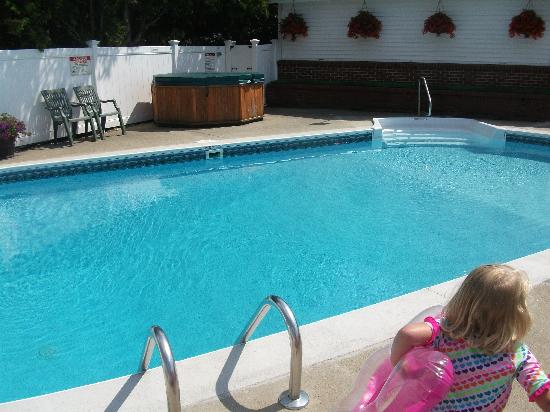 Top Notch Inn: Pretty Pool
