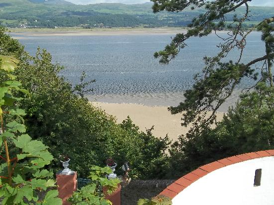 Hotel Portmeirion: Stunning views at every turn.