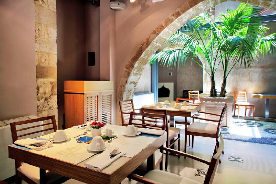 Fatma Hanoum Boutique Hotel: Breakfast Area