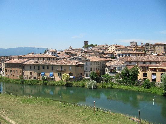 Hotel Cavour: Sul Fiume Velino