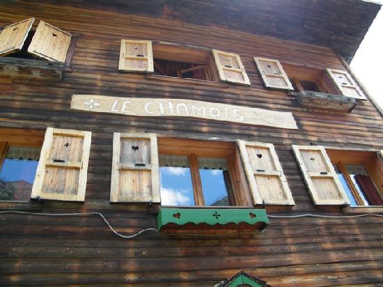 Gite - Auberge Le Chamois: facciata della baita