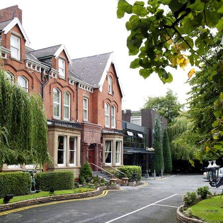 Best Western Hallmark Hotel Manchester Willowbank: External Image