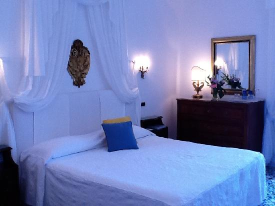 Santa Caterina Hotel: our room