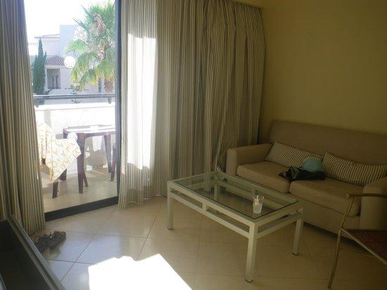 Precise Resort El Rompido - The Apartments: le coin salon de notre logement