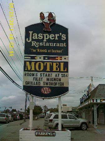 Jasper's Motel & Restaurant: King of Seafood