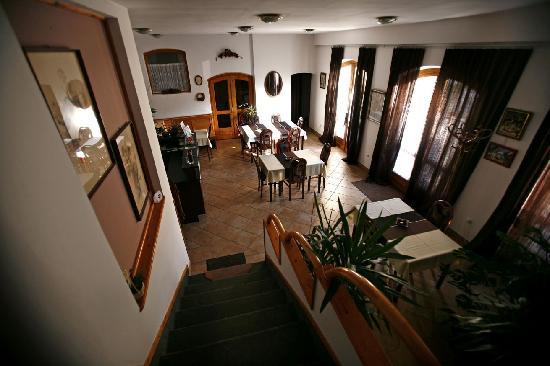 Keszi Panzio: Keszi Panzió, lobby, breakfast area