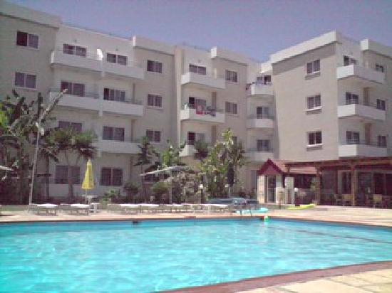 Debbie Xenia Hotel Apartments: Pool Plus Debbie Xena Apartments