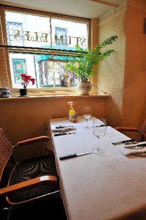 Stumbles Restaurant with Rooms: restauant