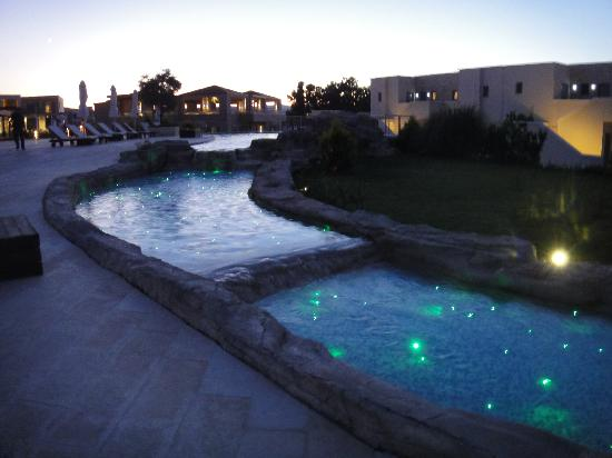 SENTIDO Port Royal Villas & Spa: evening