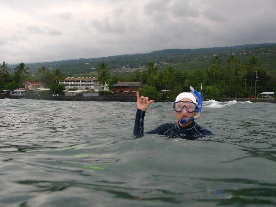 كونا سيسبراي: Seaspray from snorkeling at Kahaluu