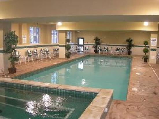 Country inn suites by carlson niagara falls on - Swimming pools in great falls montana ...