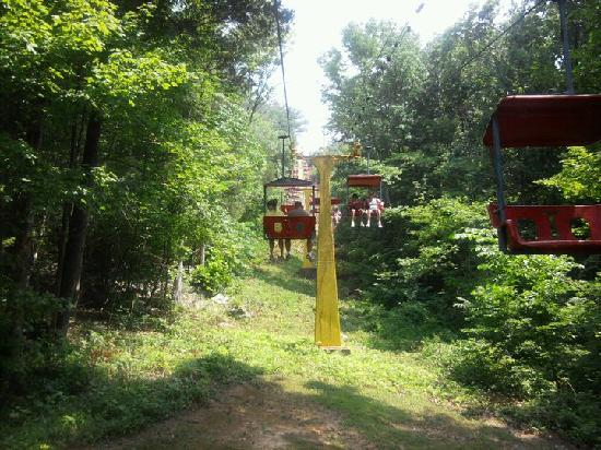 Guntown Mountain: The ski lift going up the mountain!